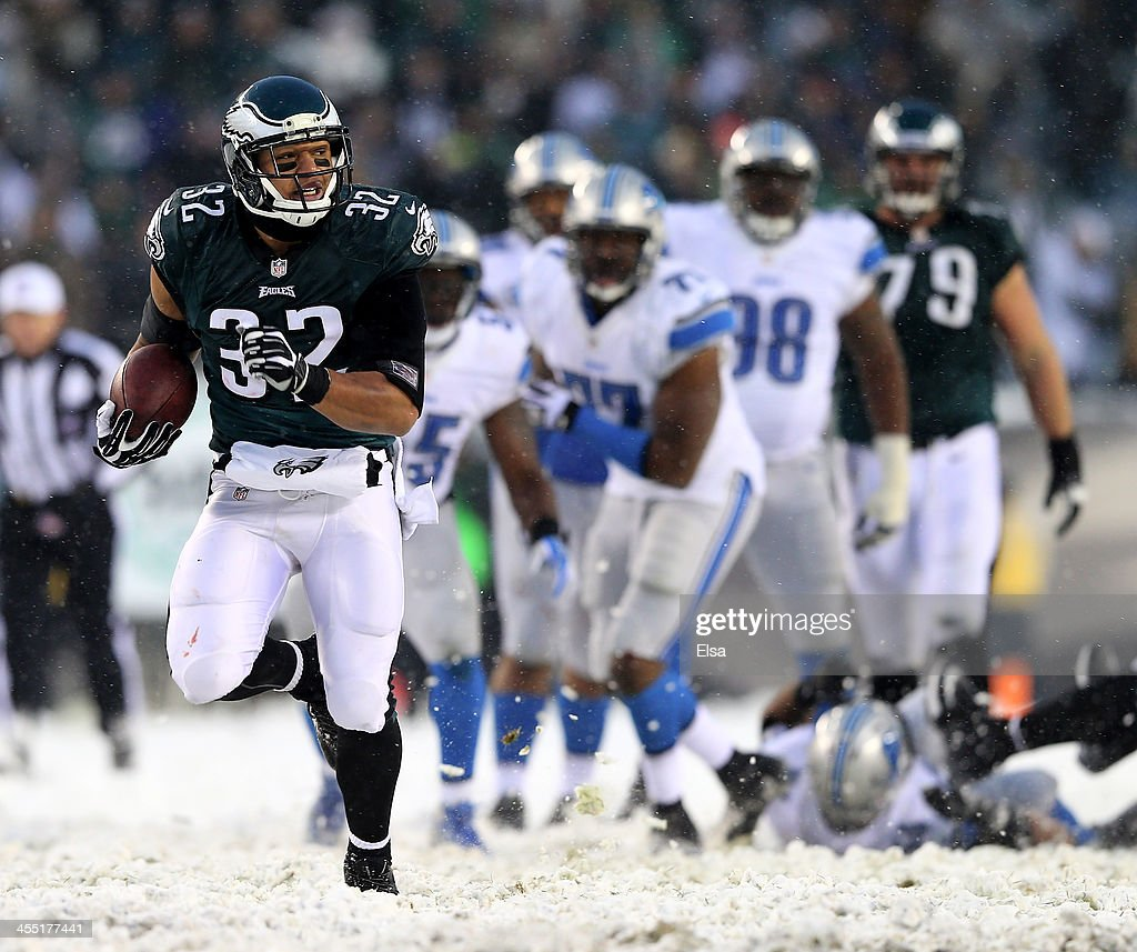<a gi-track='captionPersonalityLinkClicked' href=/galleries/search?phrase=Chris+Polk&family=editorial&specificpeople=3067314 ng-click='$event.stopPropagation()'>Chris Polk</a> #32 of the Philadelphia Eagles carries the ball in for a touchdown against the Detroit Lions on December 8, 2013 at Lincoln Financial Field in Philadelphia, Pennsylvania.The Philadelphia Eagles defeated the Detroit Lions 34-20.
