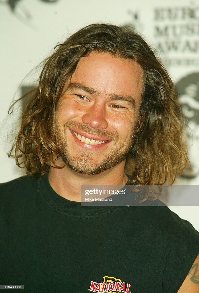 how tall is chris pontius