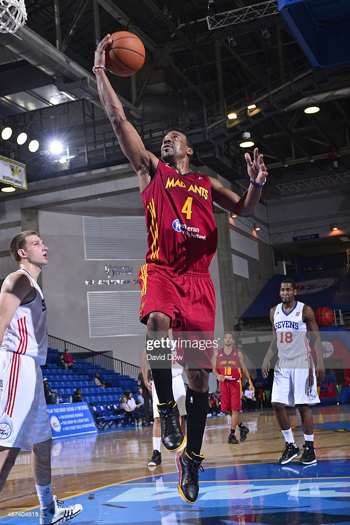 Chris Porter of the Fort Wayne Mad Ants drives to the basket against the Delaware 87ers during the NBA DLeague game on December 15 2013 at the Frank...