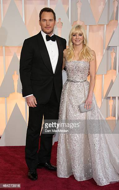 Chris Pratt and Anna Faris arrive at the 87th Annual Academy Awards at Hollywood Highland Center on February 22 2015 in Los Angeles California