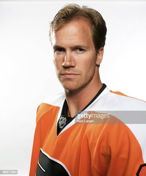 Chris Pronger of the Philadelphia Flyers poses for a portrait after his first press conference as a Philadelphia Flyer at Flyer's Skate Zone on July...