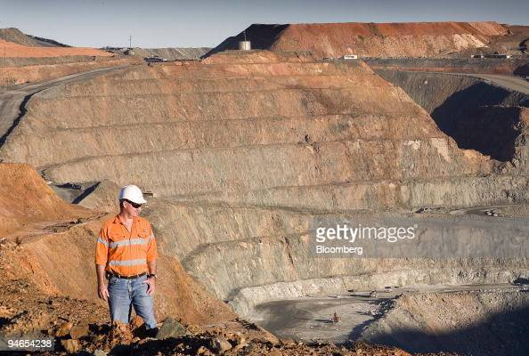 Chris Reardon KCGM planning and technical superintendent of open pits looks over the Kalgoorlie superpit mine in Kalgoorlie Australia on Thursday Aug...