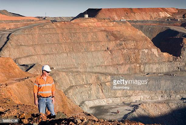 Chris Reardon KCGM planning and technical superintendent of open pits looks over the Kalgoorlie superpit mine in Kalgoorlie Australia on Thursday Aug...