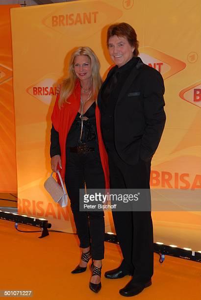 Chris Roberts Ehefrau Claudia Roberts MDR 'Brisant Brillant 2007' Verleihung München Bayern Deutschland Europa Logo Preis roter Teppich Ausschnitt...