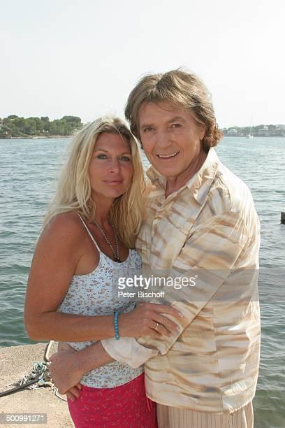 Chris Roberts Ehefrau Claudia Roberts Urlaub Puerto Colom/Mallorca/Spanien Balearen Meer Mittelmeer Sänger Sängerin Ehemann Familie Schlagersänger...