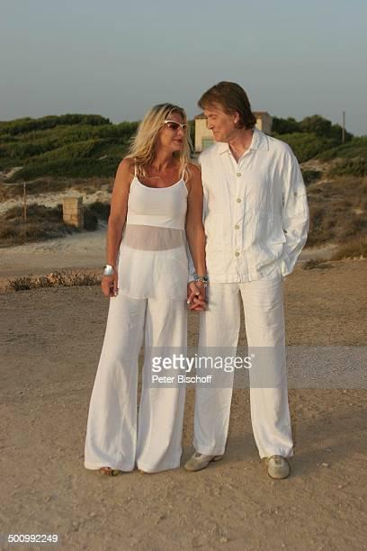 Chris Roberts Ehefrau Claudia Roberts Urlaub Strand Es Trenc/Mallorca/Spanien Balearen Sänger Sängerin Ehemann Familie Schlagersänger...