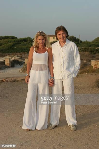 Chris Roberts Ehefrau Claudia Roberts Urlaub Strand Es Trenc/Mallorca/Spanien Balearen Haus Häuser Sänger Sängerin Ehemann Familie Schlagersänger...