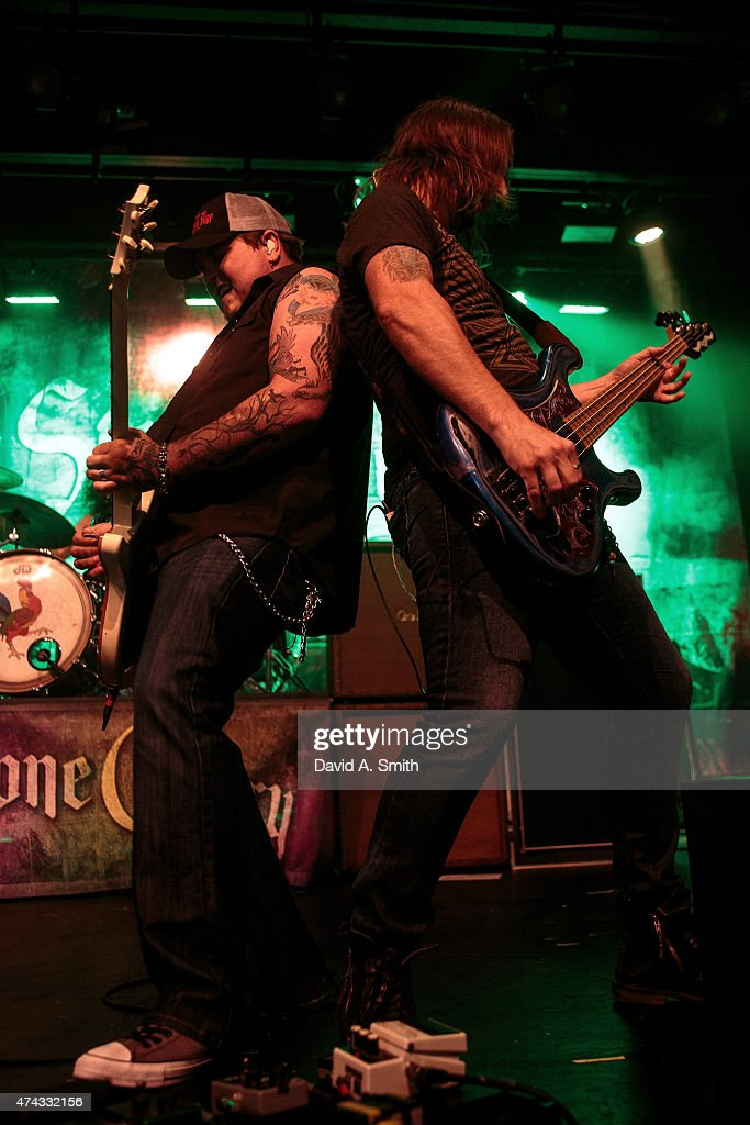 Chris Robertson (L) and Jon Lawhon (R) of Black Stone Cherry perform at Iron City on May 21, 2015 in Birmingham, Alabama.