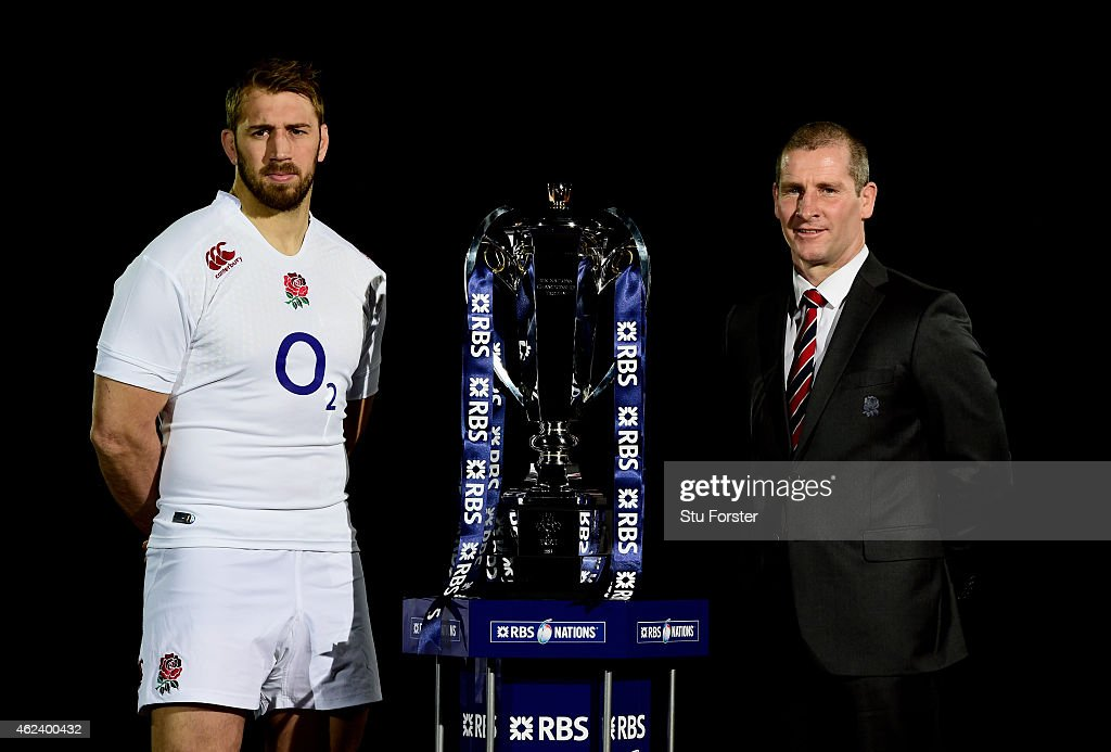 <a gi-track='captionPersonalityLinkClicked' href=/galleries/search?phrase=Chris+Robshaw&family=editorial&specificpeople=2375303 ng-click='$event.stopPropagation()'>Chris Robshaw</a> of England and <a gi-track='captionPersonalityLinkClicked' href=/galleries/search?phrase=Stuart+Lancaster&family=editorial&specificpeople=2263180 ng-click='$event.stopPropagation()'>Stuart Lancaster</a> the coach of England pose with the trophy during the launch of the 2015 RBS Six Nations at the Hurlingham club on January 28, 2015 in London, England.
