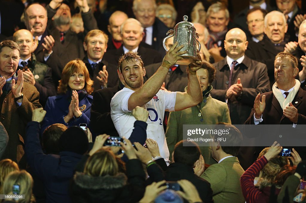Chris Robshaw of England lifts the Calcutta Cup during the RBS Six Nations match between England and Scotland at Twickenham Stadium on February 2, 2013 in London, England.