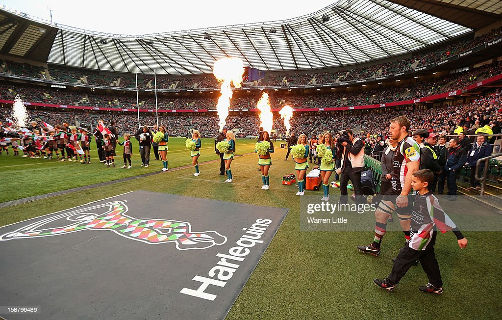 Chris Robshaw of Harlequins leads out his team during the Aviva Premiership match between Harlequins and London Irish at Twickenham Stadium on December 29, 2012 in London, England.