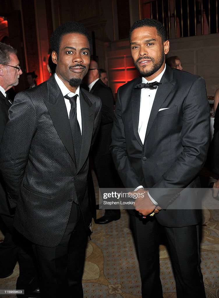 <a gi-track='captionPersonalityLinkClicked' href=/galleries/search?phrase=Chris+Rock&family=editorial&specificpeople=202982 ng-click='$event.stopPropagation()'>Chris Rock</a> (L) and Maxwell attend the party following the 65th Annual Tony Awards on June 12, 2011 in New York City.
