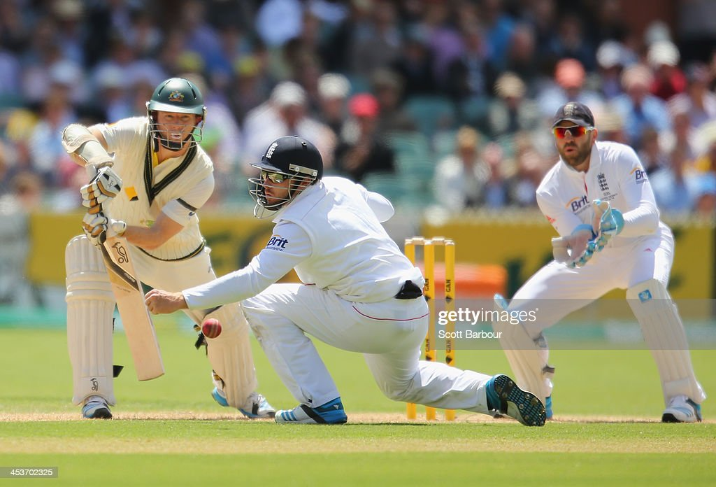 Chris Rogers of Australia bats during day one of the Second Ashes Test Match between Australia and England at Adelaide Oval on December 5, 2013 in Adelaide, Australia.