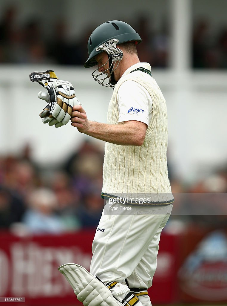 <a gi-track='captionPersonalityLinkClicked' href=/galleries/search?phrase=Chris+Rogers+-+Cricket+Player&family=editorial&specificpeople=178255 ng-click='$event.stopPropagation()'>Chris Rogers</a> of Australia looks dejected after being dismissed by Jack Shantry of Worcestershire during day one of the Tour Match between Worcestershire and Australia at New Road on July 2, 2013 in Worcester, England.