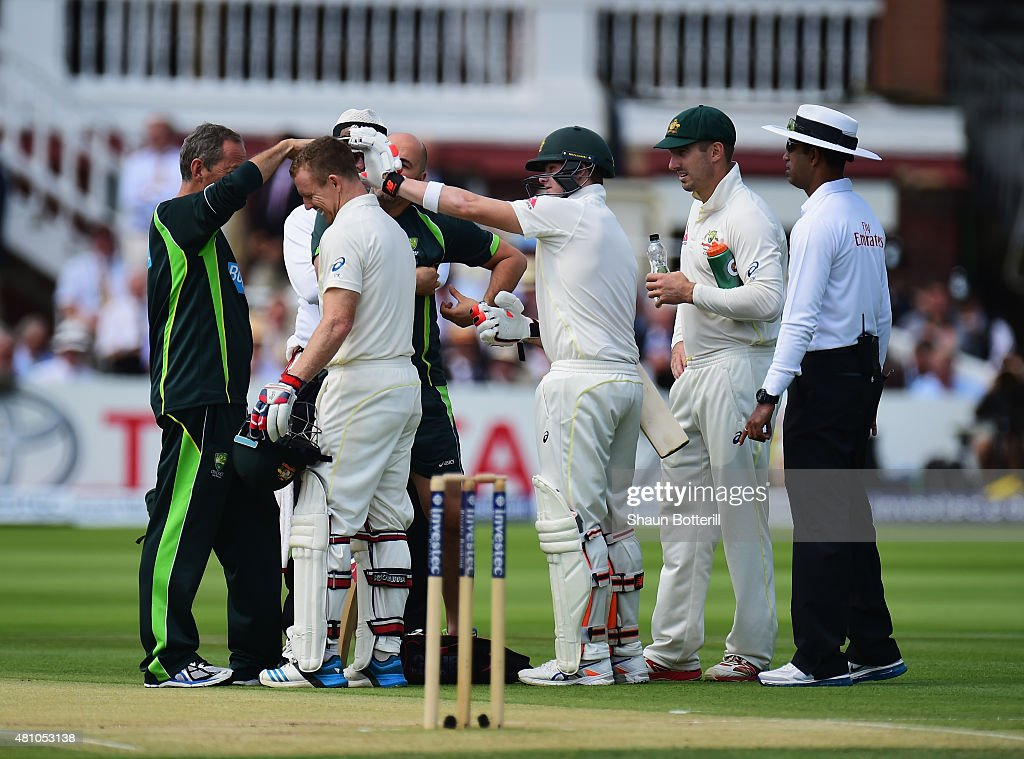 <a gi-track='captionPersonalityLinkClicked' href=/galleries/search?phrase=Chris+Rogers+-+Cricket+Player&family=editorial&specificpeople=178255 ng-click='$event.stopPropagation()'>Chris Rogers</a> of Australia receives treatment after being struck by the first delivery of the day during day two of the 2nd Investec Ashes Test match between England and Australia at Lord's Cricket Ground on July 17, 2015 in London, United Kingdom.