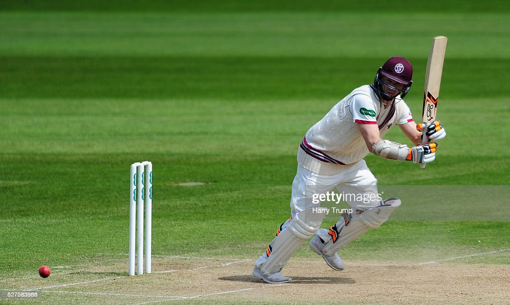 <a gi-track='captionPersonalityLinkClicked' href=/galleries/search?phrase=Chris+Rogers&family=editorial&specificpeople=178255 ng-click='$event.stopPropagation()'>Chris Rogers</a> of Somerset bats during Day Three of the Specsavers County Championship Division One match between Someret and Lancashire at the County Ground on May 03, 2016 in Somerset, United Kingdom.