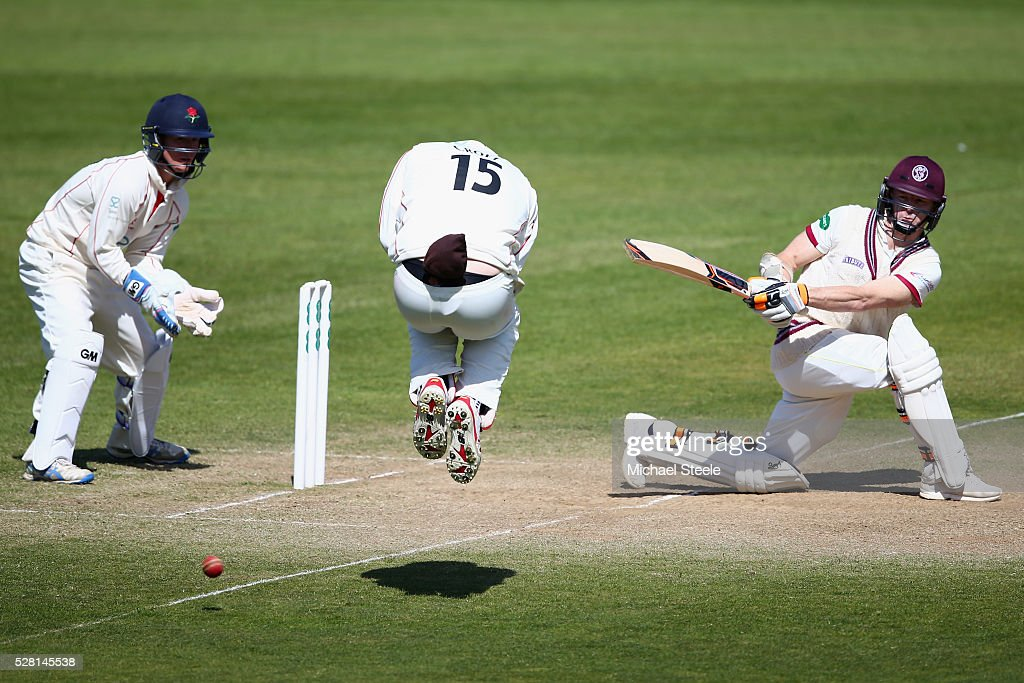 <a gi-track='captionPersonalityLinkClicked' href=/galleries/search?phrase=Chris+Rogers&family=editorial&specificpeople=178255 ng-click='$event.stopPropagation()'>Chris Rogers</a> of Somerset sweeps as Steven Croft of Lancashire takes evasive action off the boiwling of Simon Kerrigan during day four of the Specsavers County Championship Division One match between Somerset and Lancashire at The Cooper Associates County Ground on May 4, 2016 in Somerset, United Kingdom.