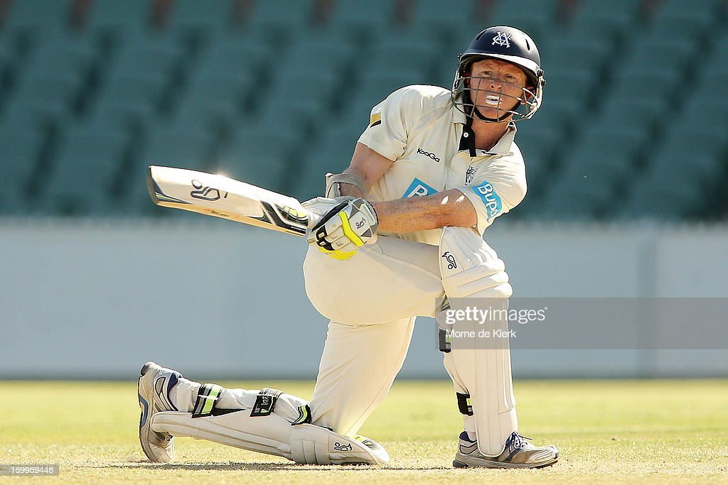 <a gi-track='captionPersonalityLinkClicked' href=/galleries/search?phrase=Chris+Rogers+-+Cricket+Player&family=editorial&specificpeople=178255 ng-click='$event.stopPropagation()'>Chris Rogers</a> of the Bushrangers bats during day one of the Sheffield Shield match between the South Australia Redbacks and the Victoria Bushrangers at Adelaide Oval on January 24, 2013 in Adelaide, Australia.