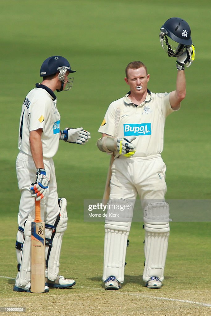<a gi-track='captionPersonalityLinkClicked' href=/galleries/search?phrase=Chris+Rogers+-+Cricket+Player&family=editorial&specificpeople=178255 ng-click='$event.stopPropagation()'>Chris Rogers</a> (R) of the Bushrangers calls for a new helmet after he was hit by a delivery from Joe Mennie of the Redbacks during day one of the Sheffield Shield match between the South Australia Redbacks and the Victoria Bushrangers at Adelaide Oval on January 24, 2013 in Adelaide, Australia.