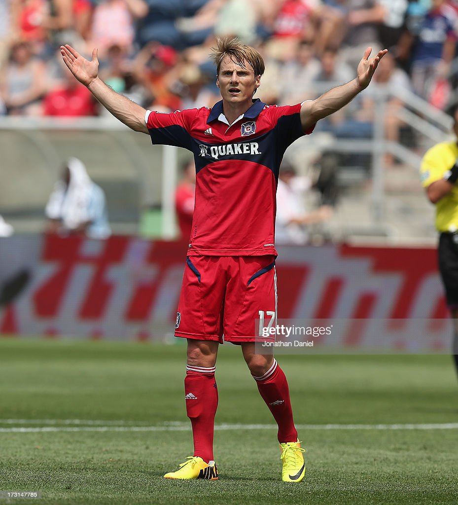 Chris Rolfe #17 of the Chicago Fire complains to an official against Sporting Kansas City during an MLS match at Toyota Park on July 7, 2013 in Bridgeview, Illinois. Sporting Kansas City defeated the Fire 2-1.