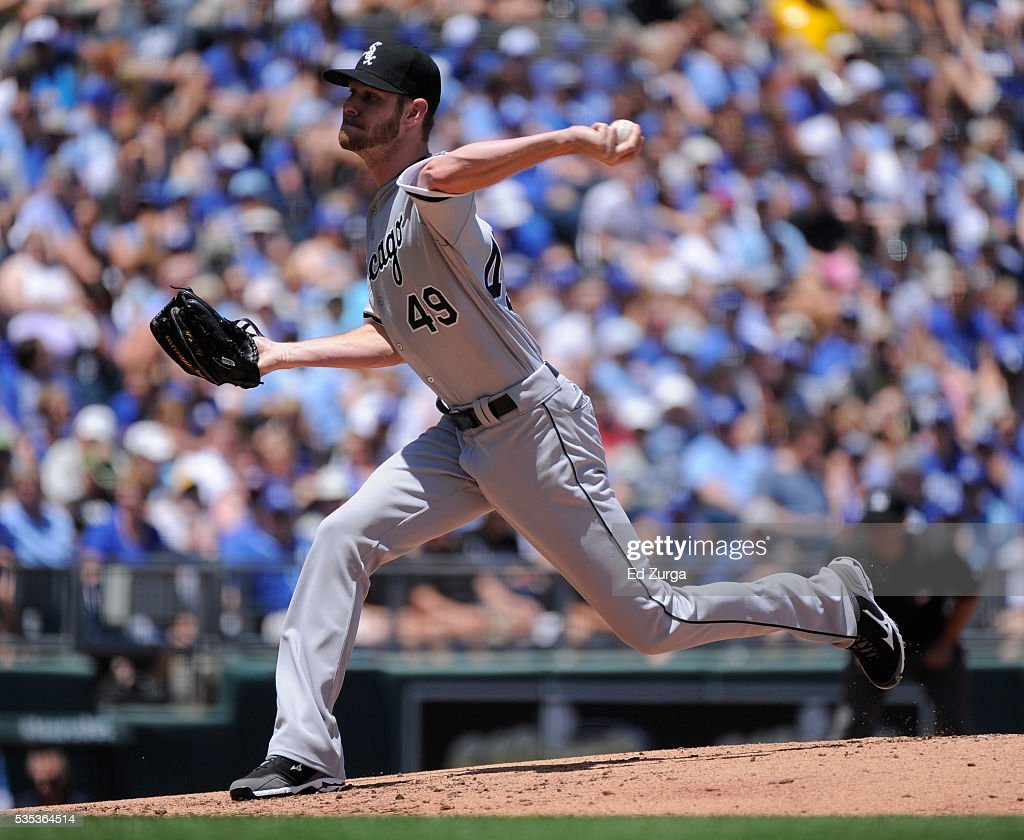 Chris Sale #49 of the Chicago White Sox throws in the first inning against the Kansas City Royals at Kauffman Stadium on May 29, 2016 in Kansas City, Missouri.