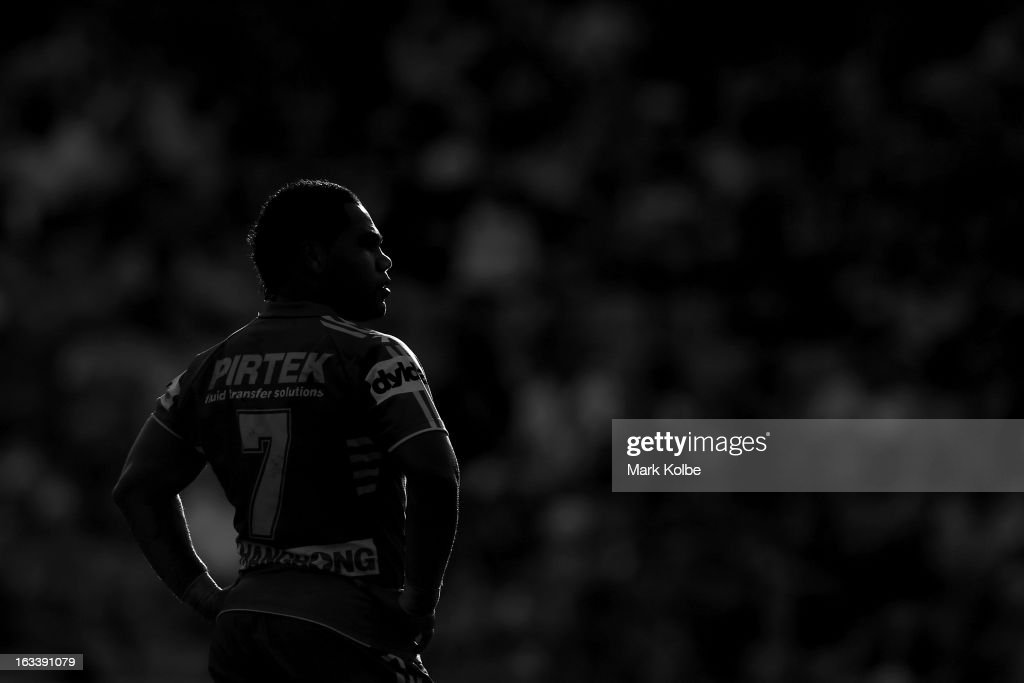 <a gi-track='captionPersonalityLinkClicked' href=/galleries/search?phrase=Chris+Sandow&family=editorial&specificpeople=5378003 ng-click='$event.stopPropagation()'>Chris Sandow</a> of the Eels looks on during the round one NRL match between the Parramatta Eels and the Warriors at Parramatta Stadium on March 9, 2013 in Sydney, Australia.