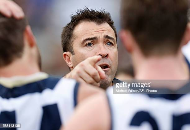 Chris Scott Senior Coach of the Cats addresses his players during the 2016 AFL Round 09 match between the Collingwood Magpies and the Geelong Cats at...