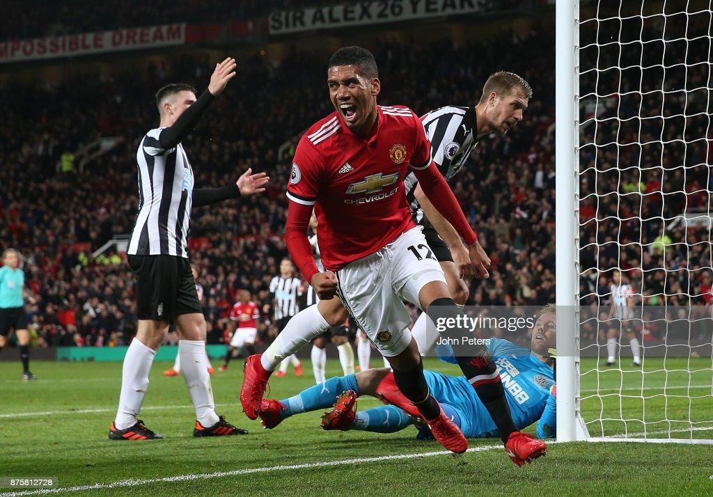 Smalling khen ngợi Mourinho, thẳng thừng đáp trả Southgate - ảnh 1