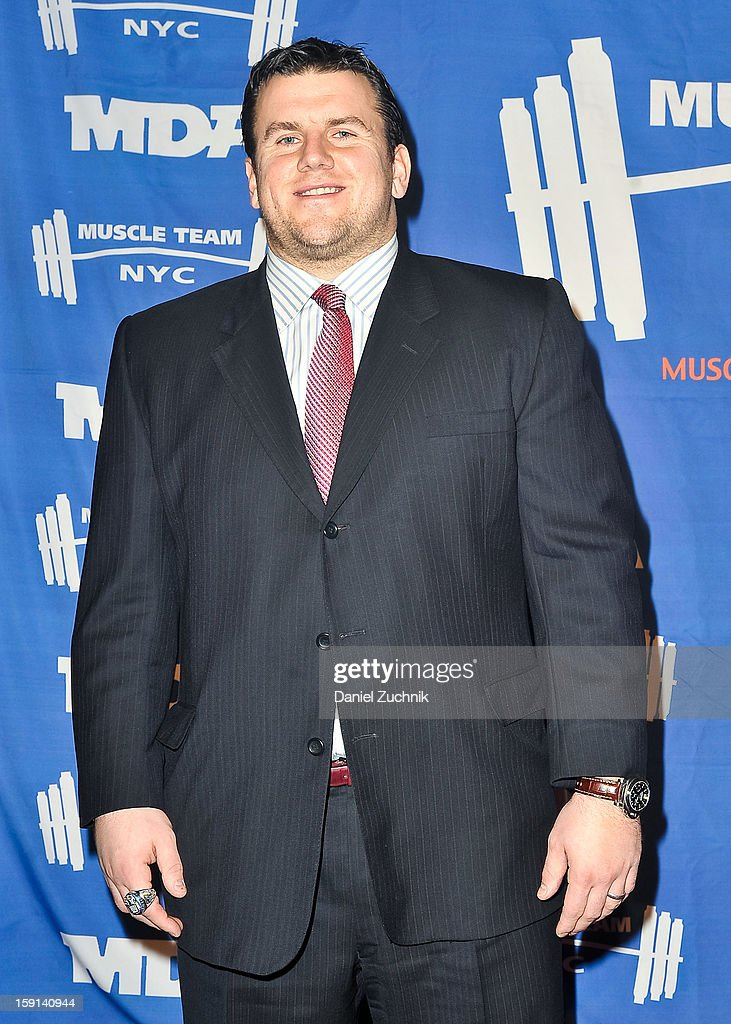 <a gi-track='captionPersonalityLinkClicked' href=/galleries/search?phrase=Chris+Snee&family=editorial&specificpeople=748742 ng-click='$event.stopPropagation()'>Chris Snee</a> attends the 16th Annual MDA Muscle Team Gala and Benefit Auction at Pier 60 on January 8, 2013 in New York City.