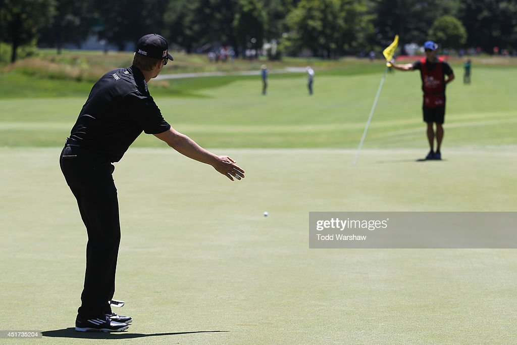 <a gi-track='captionPersonalityLinkClicked' href=/galleries/search?phrase=Chris+Stroud&family=editorial&specificpeople=4252206 ng-click='$event.stopPropagation()'>Chris Stroud</a> reacts after a putt on the second hole during the third round of the Greenbrier Classic at the Old White TPC on July 5, 2014 in White Sulphur Springs, West Virginia.