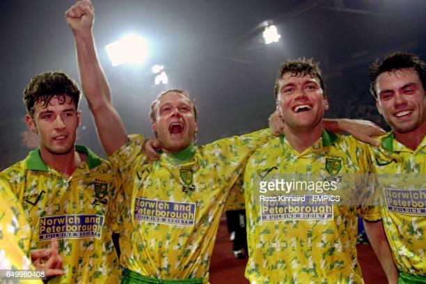 Chris Sutton Jeremy Goss Rob Newman Daryl Sutch Norwich City celebrate a win over Bayern Munich