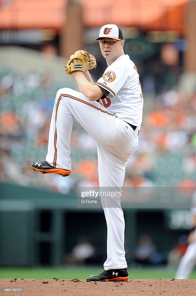 <a gi-track='captionPersonalityLinkClicked' href=/galleries/search?phrase=Chris+Tillman&family=editorial&specificpeople=713179 ng-click='$event.stopPropagation()'>Chris Tillman</a> #30 of the Baltimore Orioles pitches against the Seattle Mariners at Oriole Park at Camden Yards on August 3, 2014 in Baltimore, Maryland.