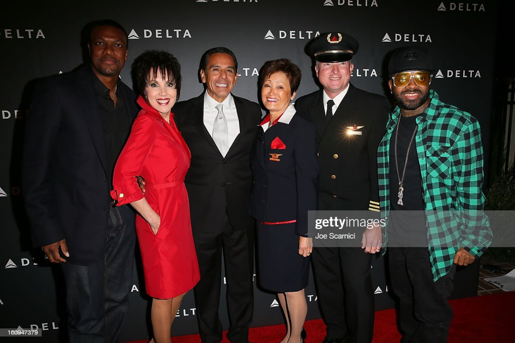 Chris Tucker, Delta Flight Attendant, Antonio Villaraigosa, Delta Flight Attendant, Delta Pilot and Jermaine Dupri arrive at Delta Air Lines' GRAMMY Celebration At Getty House on February 7, 2013 in Los Angeles, California.