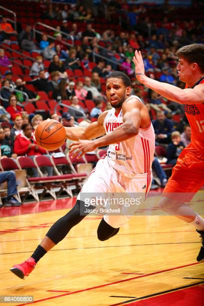 Chris Walker of the Rio Grande Valley Vipers drives to the basket against the Iowa Energy in an NBA DLeague game on April 1 2017 at the Wells Fargo...