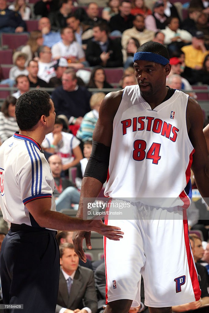 Chris Webber of the Detroit Pistons talks with referee Billy Kennedy during the game against the Sacramento Kings on January 20 2007 at the Palace of...