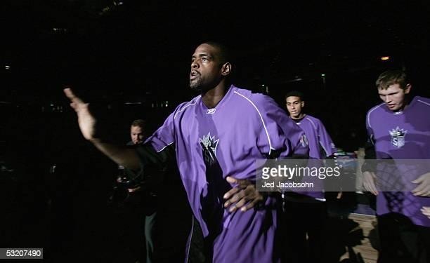 Chris Webber of the Sacramento Kings runs onto the court during introductions prior to the game against the Los Angeles Lakers on December 16 2004 at...