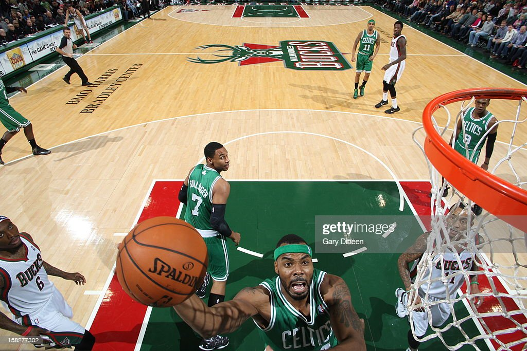 Chris Wilcox #44 of the Boston Celtics drives to the basket against the Milwaukee Bucks November 10, 2012 at the BMO Harris Bradley Center in Milwaukee, Wisconsin.