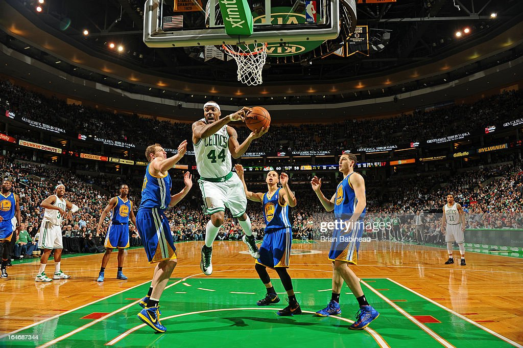 Chris Wilcox #44 of the Boston Celtics drives to the basket against the Golden State Warriors on March 1, 2013 at the TD Garden in Boston, Massachusetts.