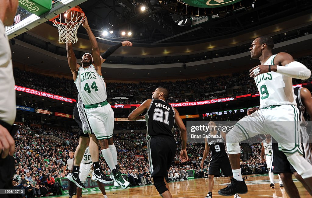 Chris Wilcox #44 of the Boston Celtics dunks the ball against the San Antonio Spurs on November 21, 2012 at the TD Garden in Boston, Massachusetts.