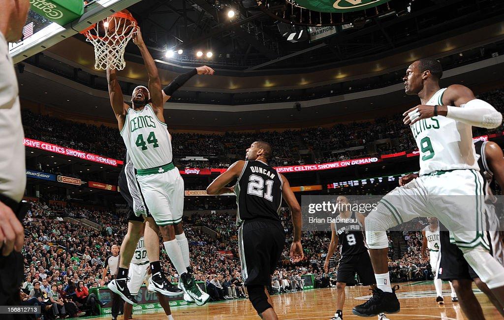 Chris Wilcox #44 of the Boston Celtics dunks the ball against the San Antonio Spurs on November 21, 2012 at the TD Garden in Boston, Massachusetts.