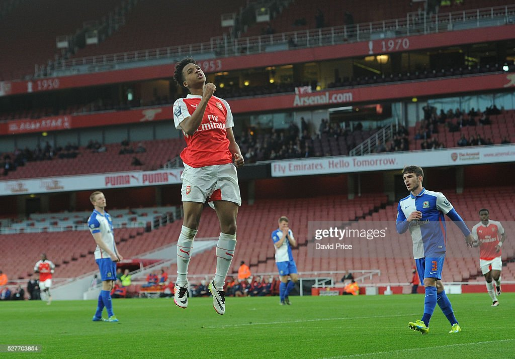 Chris Willock celebrates scoring a goal for Arsenal during the match between Arsenal U21 and Blackburn Rovers U21 at Emirates Stadium on May 3, 2016 in London, England.