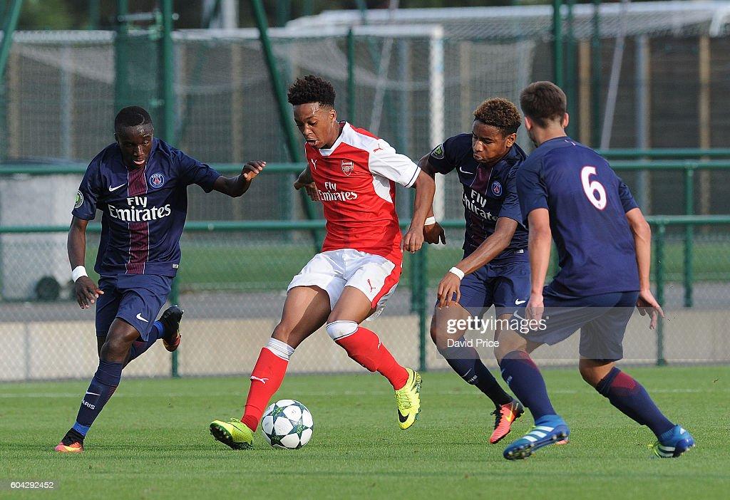 Paris Saint-Germain v Arsenal FC - UEFA Youth Champions League : News Photo