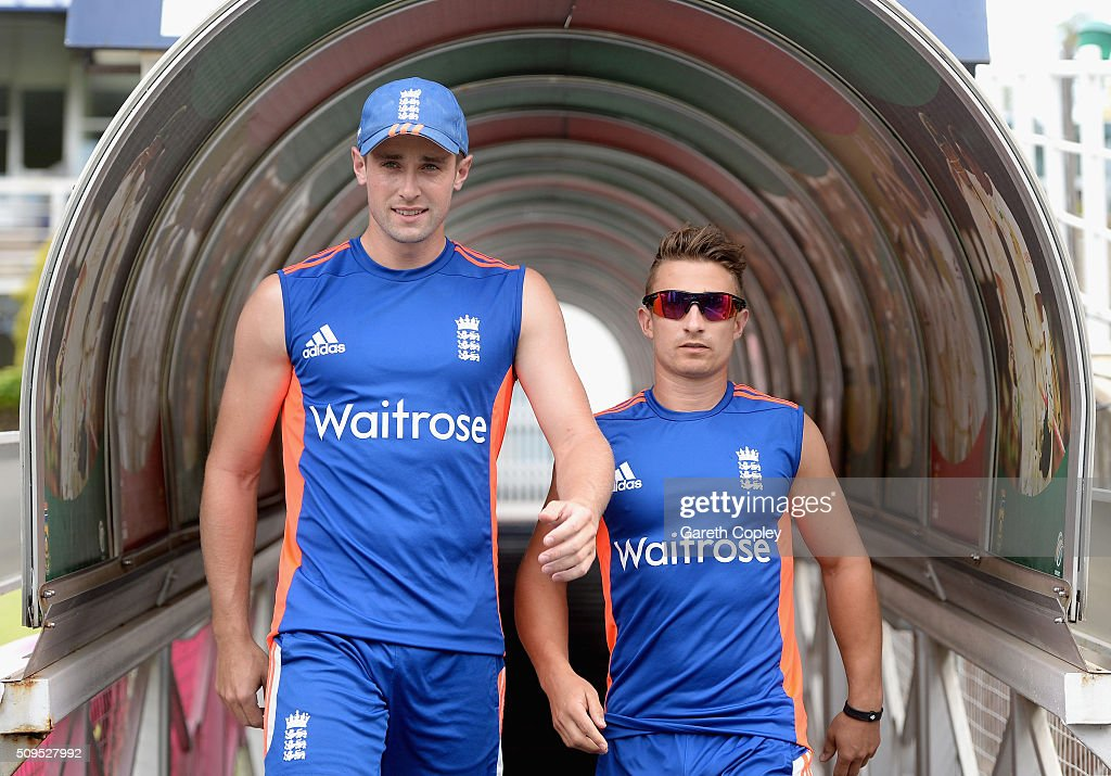 <a gi-track='captionPersonalityLinkClicked' href=/galleries/search?phrase=Chris+Woakes&family=editorial&specificpeople=4444585 ng-click='$event.stopPropagation()'>Chris Woakes</a> and <a gi-track='captionPersonalityLinkClicked' href=/galleries/search?phrase=James+Taylor+-+Cricketer&family=editorial&specificpeople=7622826 ng-click='$event.stopPropagation()'>James Taylor</a> of England walk from the tunnel ahead of a nets session at Bidvest Stadium on February 11, 2016 in Johannesburg, South Africa.