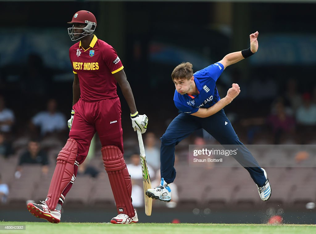 <a gi-track='captionPersonalityLinkClicked' href=/galleries/search?phrase=Chris+Woakes&family=editorial&specificpeople=4444585 ng-click='$event.stopPropagation()'>Chris Woakes</a> of England bowls during the ICC Cricket World Cup warm up match between England and the West Indies at Sydney Cricket Ground on February 9, 2015 in Sydney, Australia.