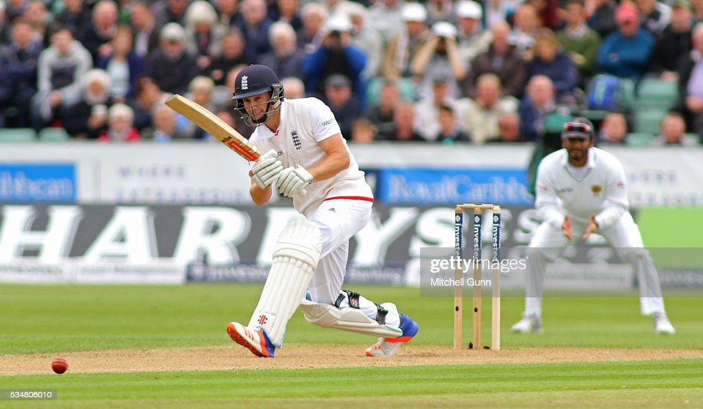 <a gi-track='captionPersonalityLinkClicked' href=/galleries/search?phrase=Chris+Woakes&family=editorial&specificpeople=4444585 ng-click='$event.stopPropagation()'>Chris Woakes</a> of England plays a shot during day two of the 2nd Investec Test match between England and Sri Lanka at Emirates Durham ICG on May 28, 2016 in Chester-le-Street, United Kingdom.