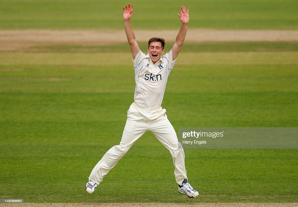 <a gi-track='captionPersonalityLinkClicked' href=/galleries/search?phrase=Chris+Woakes&family=editorial&specificpeople=4444585 ng-click='$event.stopPropagation()'>Chris Woakes</a> of Warwickshire appeals successfully for the wicket of Gareth Batty of Surrey during day one of the LV County Championship division one match between Surrey and Warwickshire at The Kia Oval on May 23, 2012 in London, England.