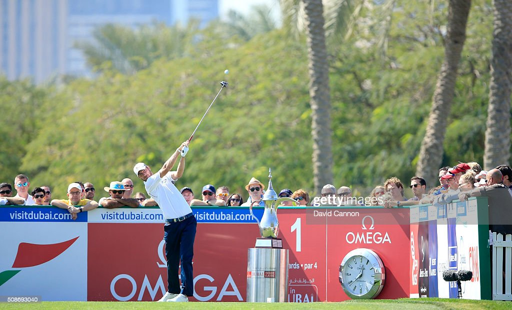 <a gi-track='captionPersonalityLinkClicked' href=/galleries/search?phrase=Chris+Wood+-+Golfer&family=editorial&specificpeople=4601133 ng-click='$event.stopPropagation()'>Chris Wood</a> of England plays his tee shot at the par 4, first hole during the third round of the 2016 Omega Dubai Desert Classic on the Majlis Course at the Emirates Golf Club on February 6, 2016 in Dubai, United Arab Emirates.