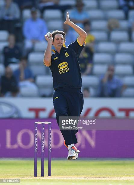 Chris Wright of Warwickshire bowls during the Royal London OneDay Cup quarter final match between Warwickshire and Essex at Edgbaston on August 17...