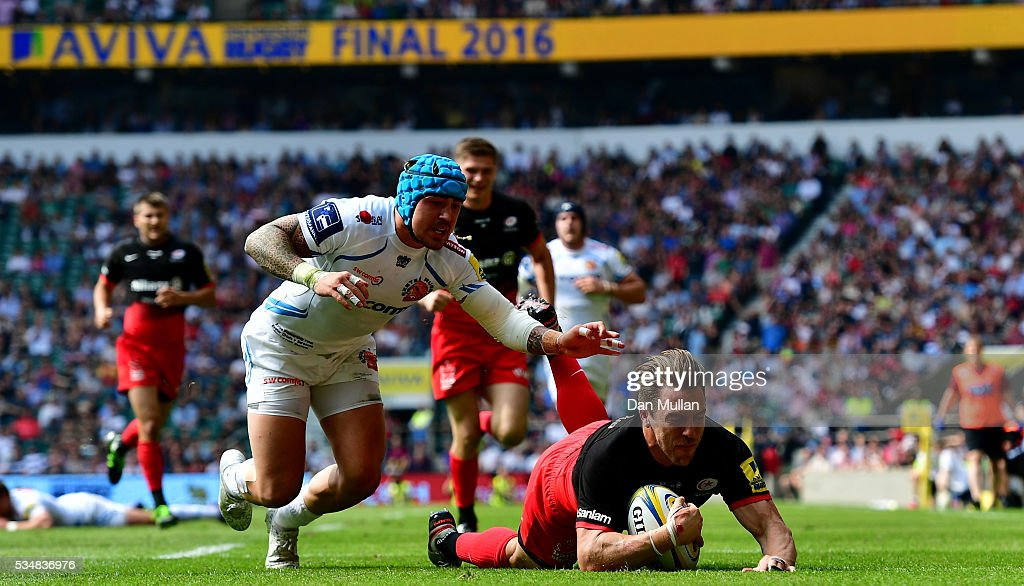<a gi-track='captionPersonalityLinkClicked' href=/galleries/search?phrase=Chris+Wyles&family=editorial&specificpeople=764213 ng-click='$event.stopPropagation()'>Chris Wyles</a> of Saracens scores his team's second try during the Aviva Premiership final match between Saracens and Exeter Chiefs at Twickenham Stadium on May 28, 2016 in London, England.