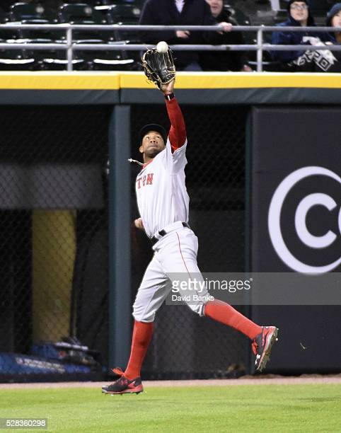 Chris Young of the Boston Red Sox makes a catch on Adam Eaton of the Chicago White Sox during the eighth inning on May 4 2016 at U S Cellular Field...